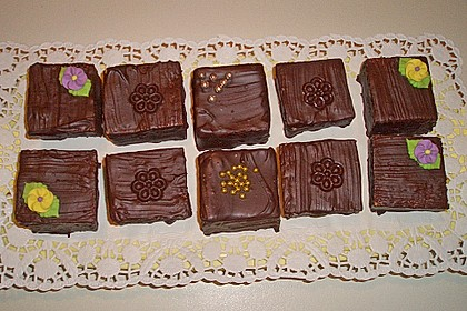 Baumkuchen-Petits Fours 36