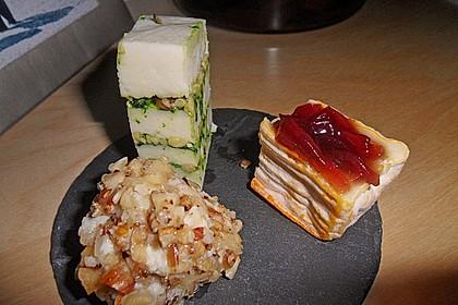 Frischkäse-Pralinen im Knoblauchkrokant-Mantel 8