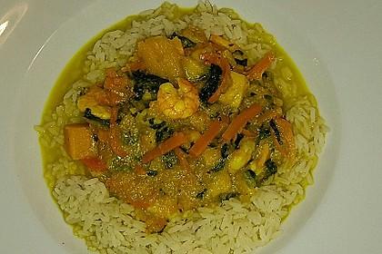 Kürbis-Mango-Curry mit Garnelen