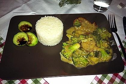 Utes Schweinefilet mit Brokkoli in leichter Senfsauce 3