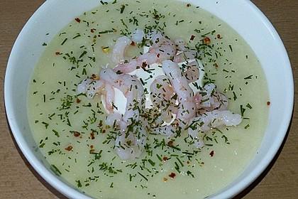 Sellerie-Kartoffelsuppe mit Shrimps