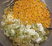 Gelber Salat (Bild)