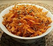 Karottensalat mit Weizenkeimen