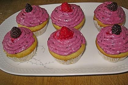 Waldfrucht-Cupcakes 2