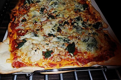Vegetarische Pizza vom Stein