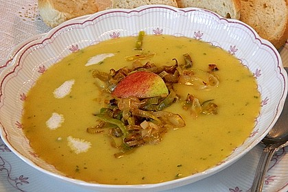 Apfel-Lauch Suppe mit Curry 5