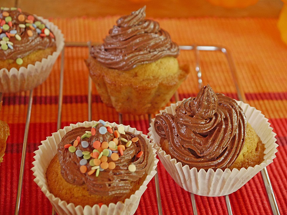 Chocolate Banana Baklava Cupcakes Recipes — Dishmaps