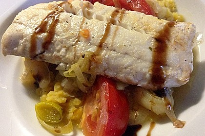 Fisch mit Lauch und Tomaten auf Linsenbett 8