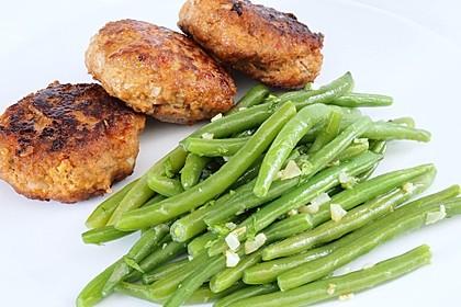 Grüne Bohnen mit Zwiebeln in Butter geschwenkt 1