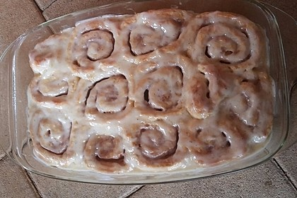 Cinnamon Rolls with Cream Cheese Frosting 62