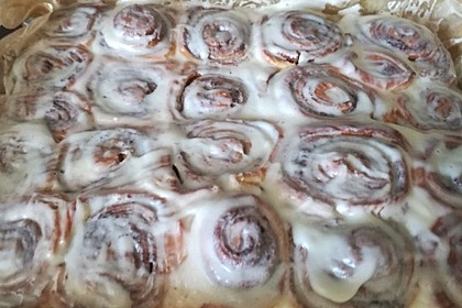Cinnamon Rolls with Cream Cheese Frosting 157
