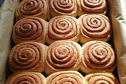 Cinnamon Rolls with Cream Cheese Frosting 20