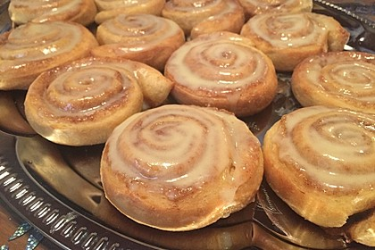 Cinnamon Rolls with Cream Cheese Frosting 11