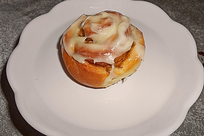 Cinnamon Rolls with Cream Cheese Frosting 55