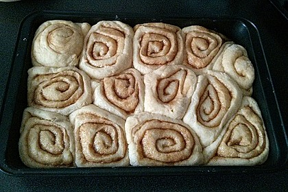 Cinnamon Rolls with Cream Cheese Frosting 199