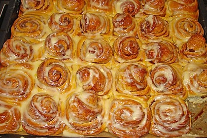 Cinnamon Rolls with Cream Cheese Frosting 36