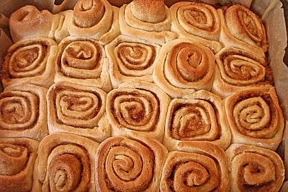 Cinnamon Rolls with Cream Cheese Frosting 81