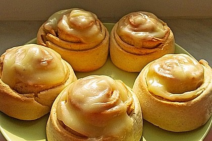 Cinnamon Rolls with Cream Cheese Frosting 35