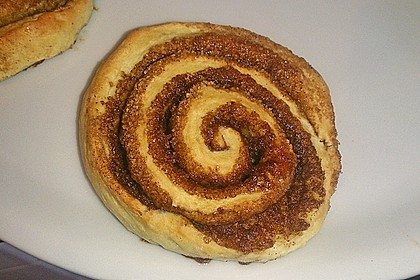 Cinnamon Rolls with Cream Cheese Frosting 93