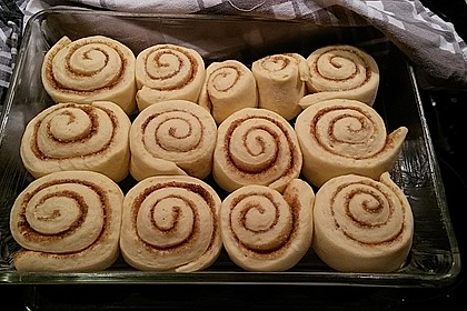 Cinnamon Rolls with Cream Cheese Frosting 88