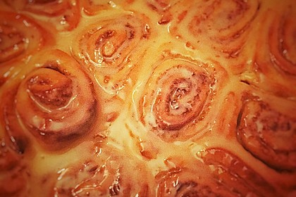 Cinnamon Rolls with Cream Cheese Frosting 77