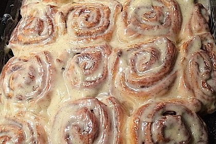Cinnamon Rolls with Cream Cheese Frosting 158