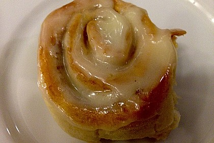 Cinnamon Rolls with Cream Cheese Frosting 166