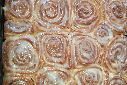 Cinnamon Rolls with Cream Cheese Frosting 129