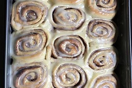 Cinnamon Rolls with Cream Cheese Frosting 126
