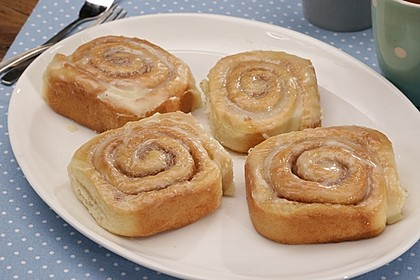 Cinnamon Rolls with Cream Cheese Frosting 17
