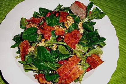 Weihnachtlicher Feldsalat mit Granatapfelkernen 6