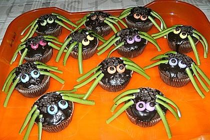 Spinnenmuffins für Halloween 27