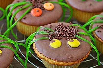 Spinnenmuffins für Halloween 7