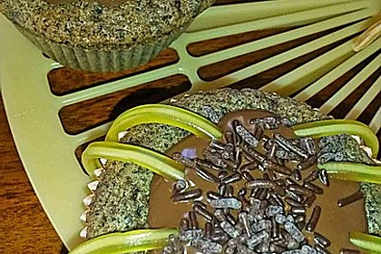 Spinnenmuffins für Halloween 15