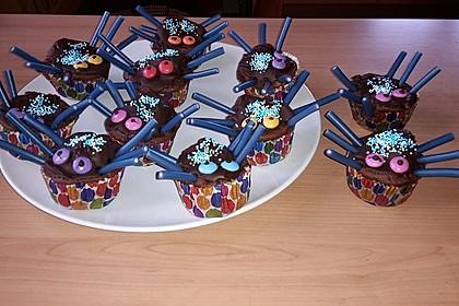 Spinnenmuffins für Halloween 30