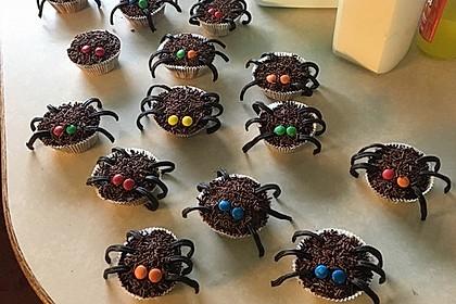Spinnenmuffins für Halloween 10