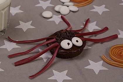 Spinnenmuffins für Halloween 16