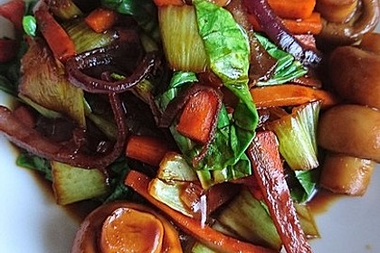 Schnelles Pak Choi-Karotten-Gemüse 22