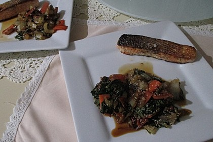 Schnelles Pak Choi-Karotten-Gemüse 33