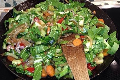 Schnelles Pak Choi-Karotten-Gemüse 32