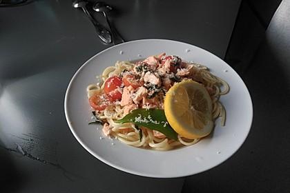 Wildlachs in Bärlauch-Sahne Sauce an Spaghetti 10