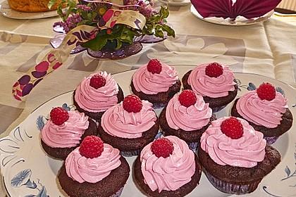 Schoko-küsst-Himbeer Cupcakes 12