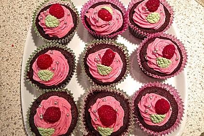 Schoko-küsst-Himbeer Cupcakes 50