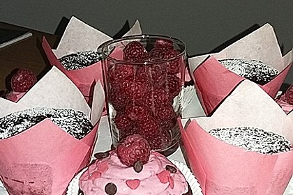 Schoko-küsst-Himbeer Cupcakes 95