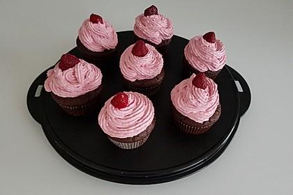 Schoko-küsst-Himbeer Cupcakes 8