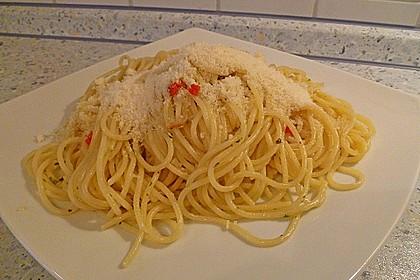 Spaghetti aglio e olio 3