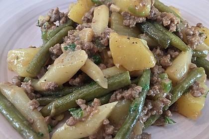 Spargel-Hack-Pfanne mit grünen Bohnen und Pellkartoffeln 1