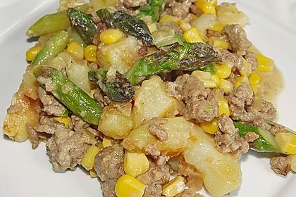 Spargel-Hack Pfanne mit grünen Bohnen und Pellkartoffeln 5