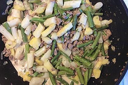 Spargel-Hack Pfanne mit grünen Bohnen und Pellkartoffeln 7