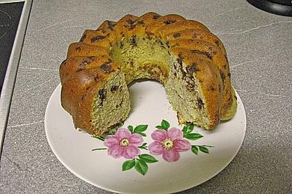 leckerer Kuchen mit Schokostückchen 3